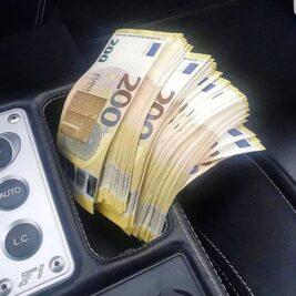 200 euros notes